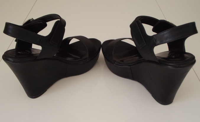 2 Shoes black clothes lady alexandra (3)